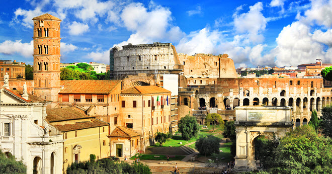 Beautiful Picture of the Roman Collosseum in Rome.